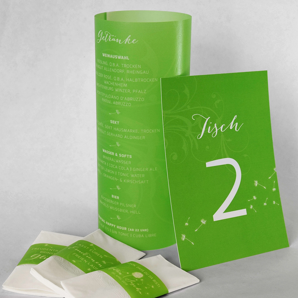 Nr. 42 – Individuelles Design – Menü Windlicht, Freidentränentaschentücher, Tischnummer